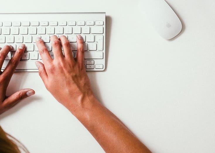 Atajos o comandos del teclado de arranque o inicio de Mac