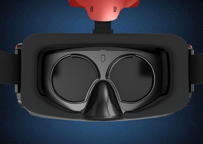 ¿Cómo funcionan las lentes en las gafas o cascos de RV?