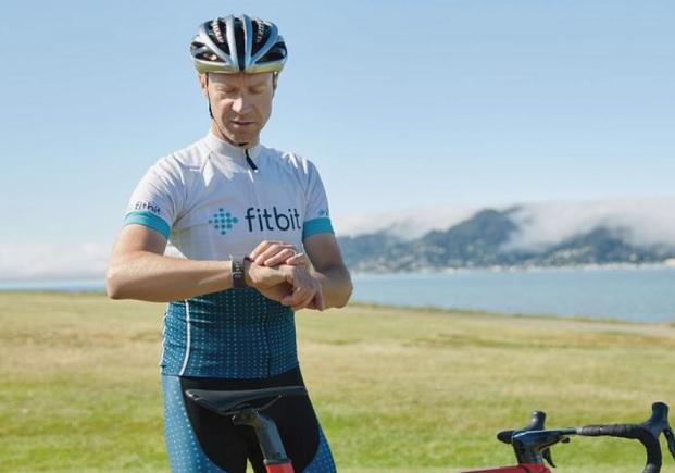 ¿Tu Fitbit no se sincroniza? Aquí tienes la solución
