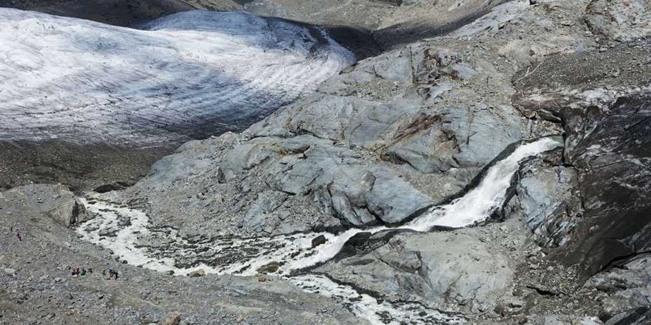 Researchers claim glacier melting has accelerated all around the world