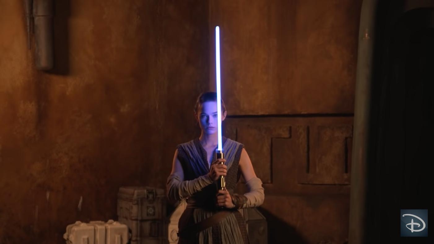 """Para el Día de Star Wars, Disney presenta su sable de luz """"real"""""""