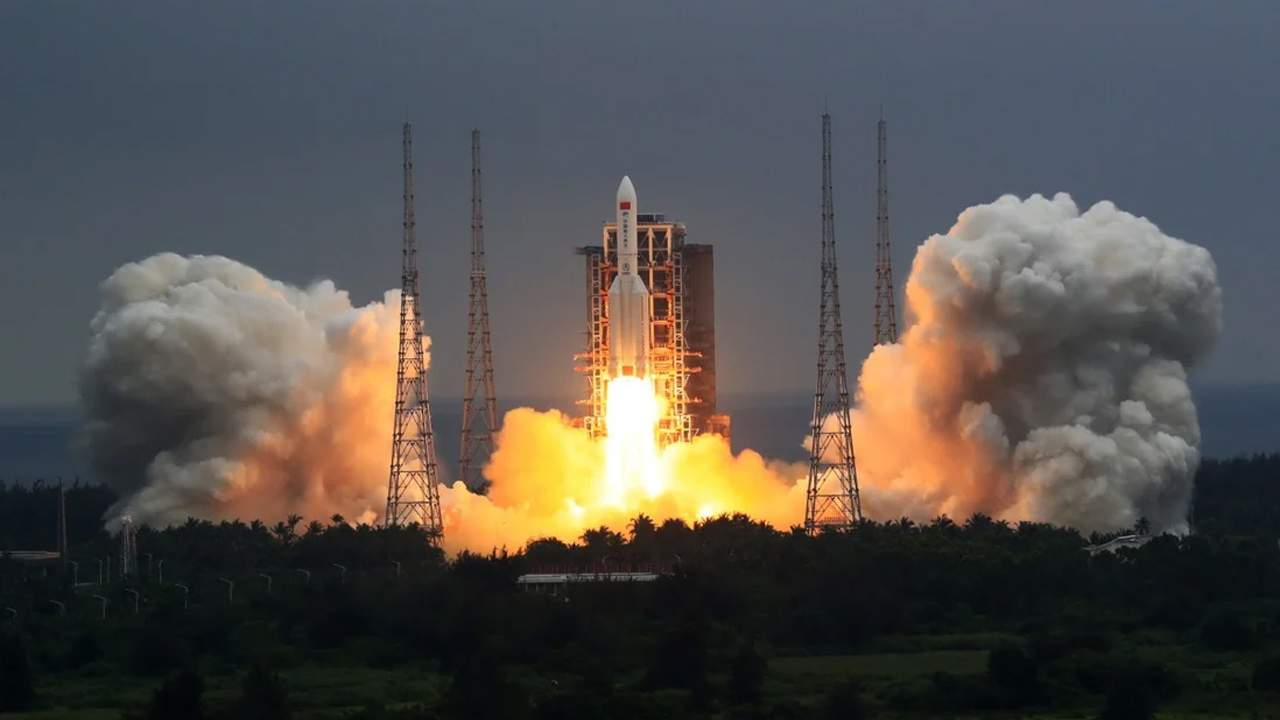A Chinese rocket will make an uncontrolled reentry in the coming days