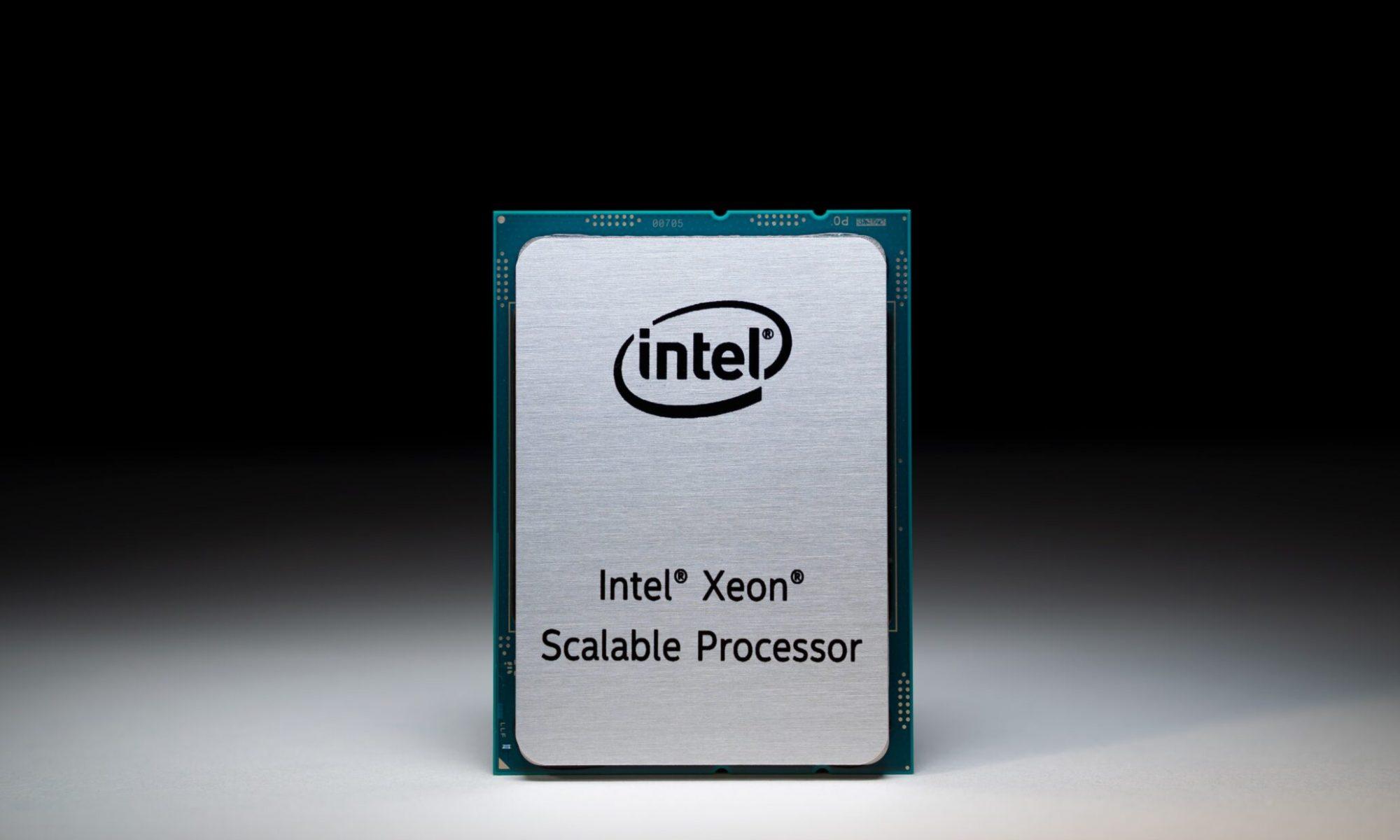 Intel Sapphire Rapids-SP Tile (Chiplet) Die Shot presuntamente detectado con 15 núcleos: hasta 60 SKU de núcleo posibles