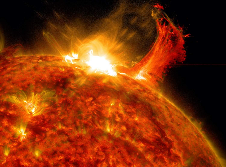 Esta enorme erupción solar de clase X muestra por qué el estudio del Sol de la NASA es tan vital