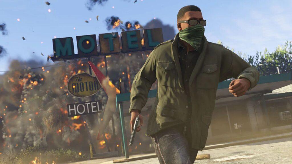 franklin huyendo de la explosión